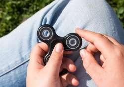 Újabb őrület a láthatáron a gyerekeknél: Fidget Spinner, most komolyan nekem is kell venni?
