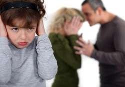 Életmentő információk egy helyen a kapcsolati erőszakról