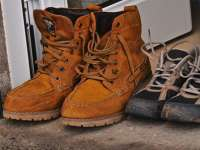 Egészségre káros krómot talált cipőkben az NFH