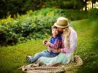 Meghallgatlak! telefonos segítség az autizmussal élő gyermekek szüleinek